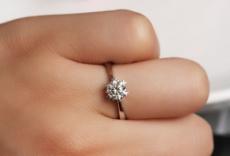 买过周大福珠宝的朋友们觉得周大福珠宝好吗?