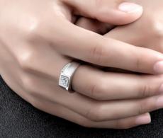 佩戴钻石女戒的时候应该要注意哪些地方?